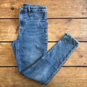 H&M Divided High Rise Skinny Jeans 10